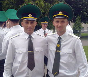 Яўген Жукоўскі (злева)