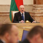 Лукашенко: меры правительства должны обеспечить устойчивое развитие