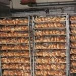 Петрыкаўскія пекары штомесяц выпякаюць 225 тон хлебнай прадукцыі