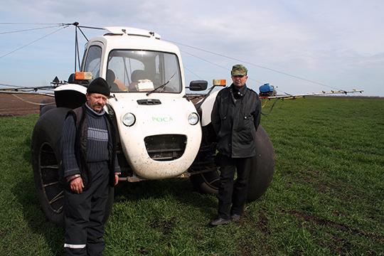 На падкормцы КАСамі Анатоль Засулевіч і Анатоль Шашко