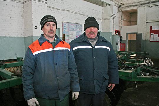 Механізатар Віктар Цімашышын і слесар Анатоль Буракевіч
