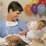 Семейные палаты для мам, пап и новорожденных появятся в роддомах Гомеля