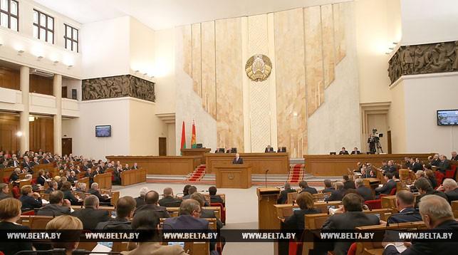 Лукашенко сегодня обратится с ежегодным Посланием к белорусскому народу и Национальному собранию