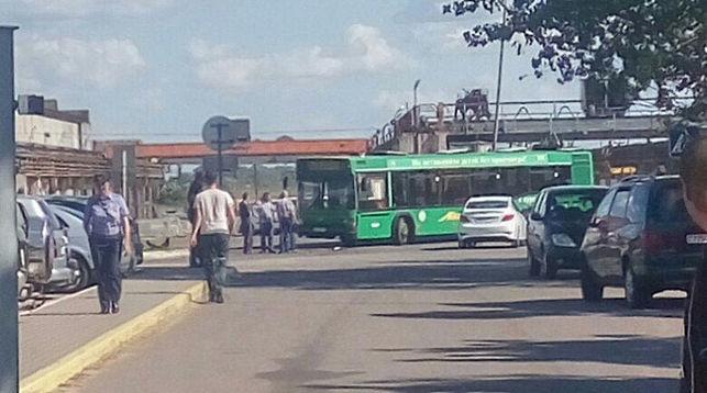 В Солигорском районе 20-летний байкер погиб после столкновения с автобусом