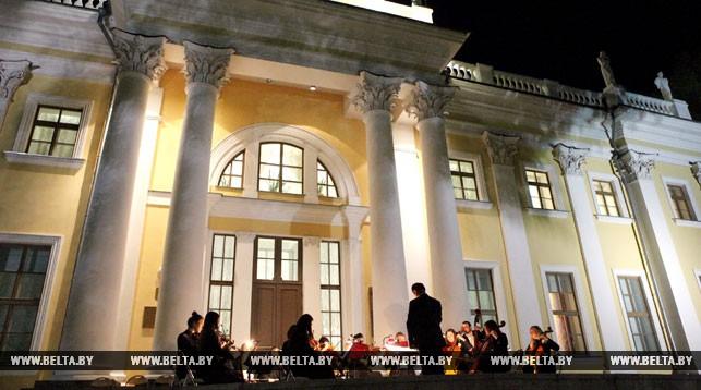 Выставка живописи и графики «Блакiтныя вочы Радзiмы» откроется в Гомеле 27 июля