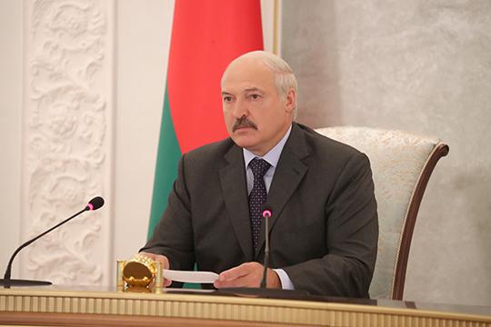 Лукашэнка правёў рэспубліканскую селектарную нараду па пытаннях уборкі ўраджаю