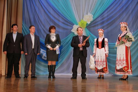 У Петрыкаве прайшла акцыя прафсаюзаў «Мы— разам!» ...Спяваў нават Ханок