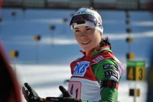Биатлонистка Надежда Скардино победила в индивидуальной гонке на этапе КМ в Швеции