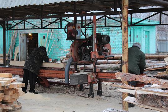 """Адсутнасць спецвопраткі ў ААТ """"АРД Паслугі плюс"""""""