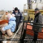 Паромная переправа через Припять в Житковичском районе работает по регулярному графику