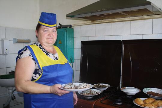 Повар Лілія Кабановіч