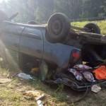 Автомобиль перевернулся на трассе Гомель-Минск, пострадали дети