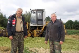 Вадзіцелі Уладзімір Аксёнаў і Аляксандр Харланаў